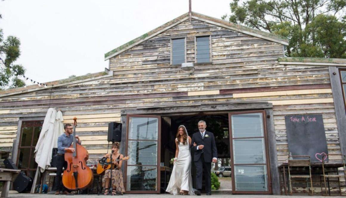 Tobi Music from Australia Can Sing at Your Wedding in Greece
