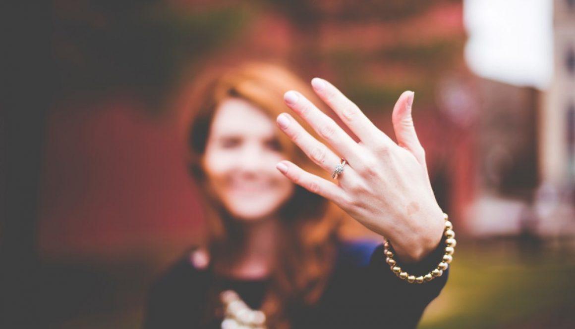 8 Tips When Choosing An Engagement Ring