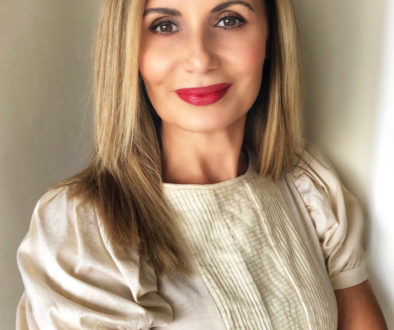 Ellwed Talks with Bridal Makeup & Beauty Expert offering diversity and on-site luxury bridal services for destination weddings in Greece