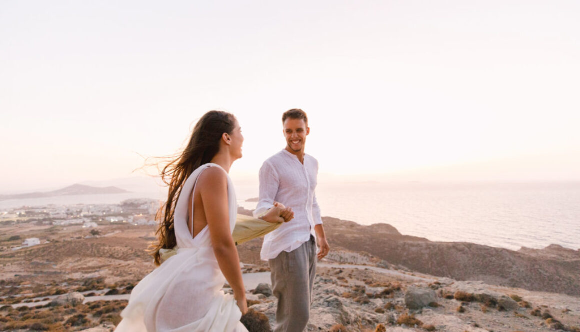 Lovebirds on the tips of Naxos island at their elopement