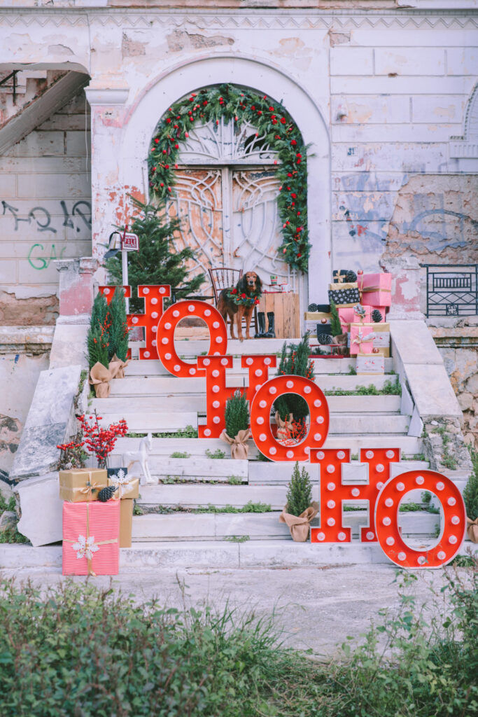 Ho ho ho letters with a god on the stairs