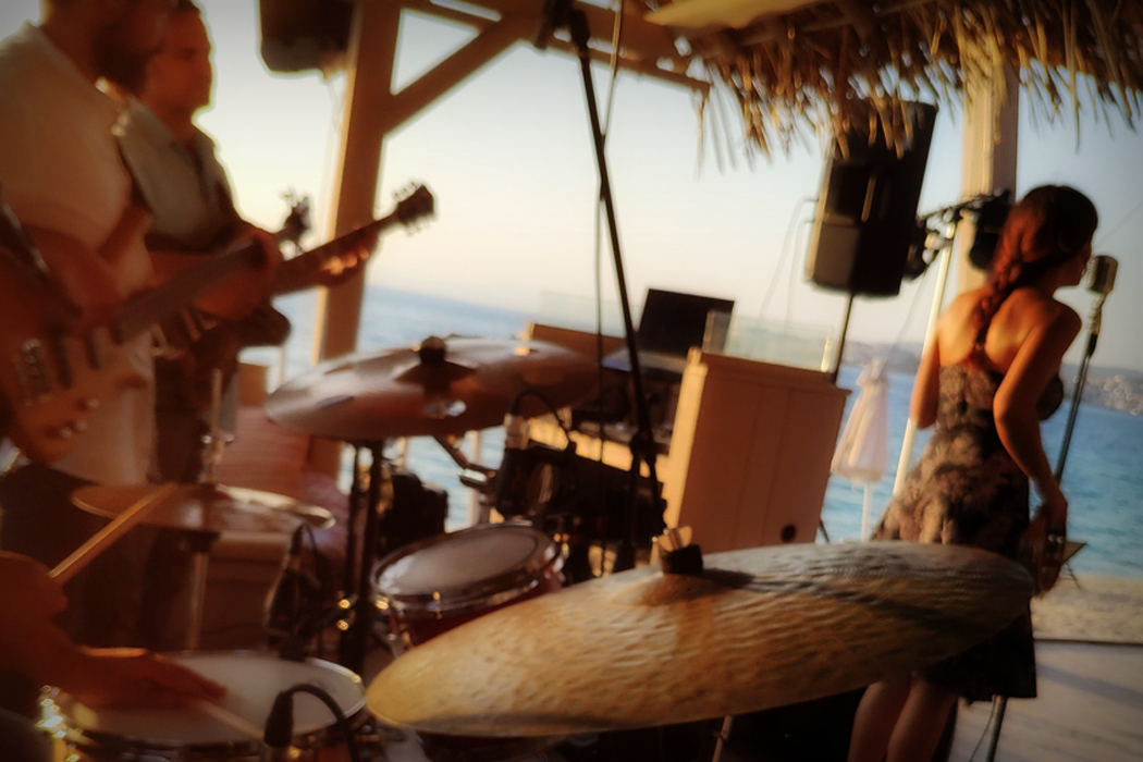 Unforgettable Experience beach wedding live band